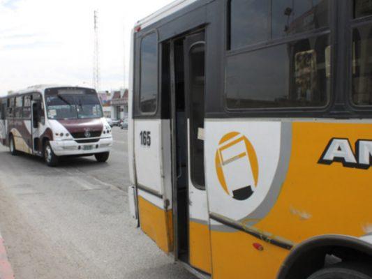 Transportistas deben ver por los usuarios
