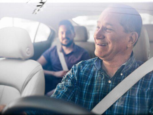 Uber tendrá seguro medico para usuarios y conductores