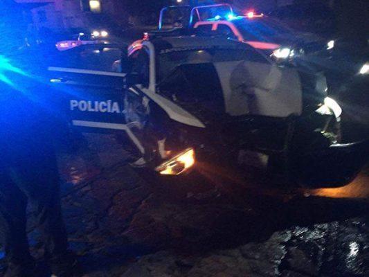 Chocan patrulla en persecución; 7 heridos 1 muerto en balacera