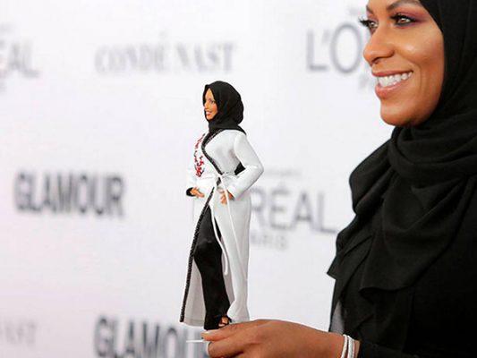 Conoce a la primera barbie con hiyab inspirada en una deportista olímpica