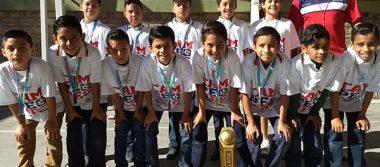 Patria reconoce a sus campeones nacionales