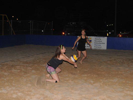 Mañana semifinales en Copa Búfalos de Voleibol de Playa