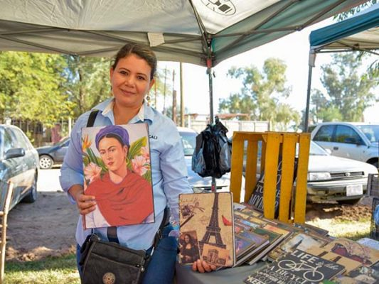Apoya Feria del Dátil a mujeres emprendedoras