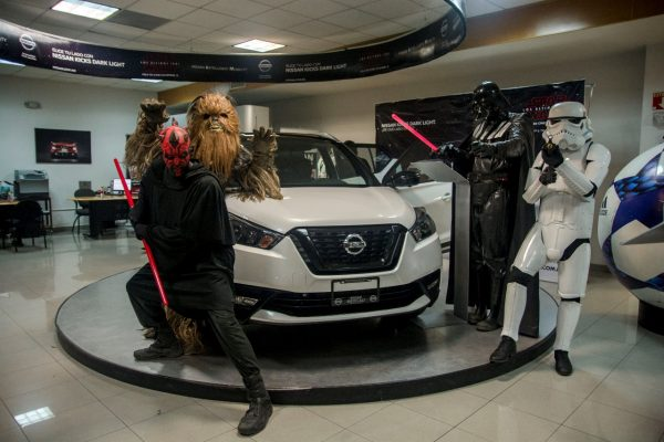 Presentan Nissan Kicks Dark Light en Mexicali