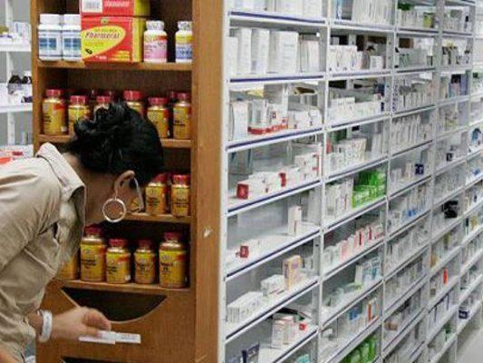 Proponen gravar con IVA  a medicinas y alimentos