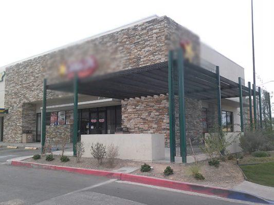Asaltan el supermercado y restaurante de comida rápida en Palaco