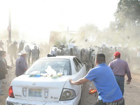 León Fierro embistió a Policías con su carro