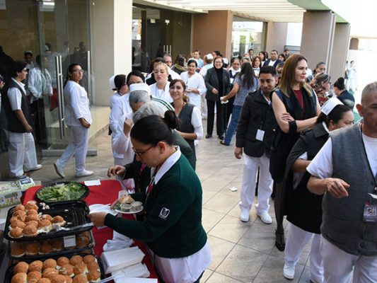 Celebra ISSSTE a enfermeros