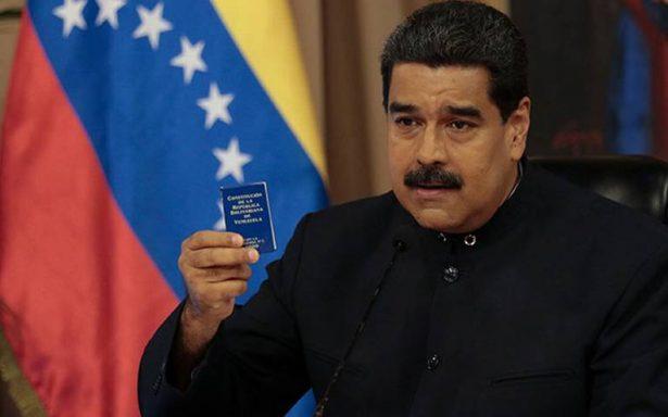 Por escasez de medicina, Maduro lanza plan de salud con remedios naturales