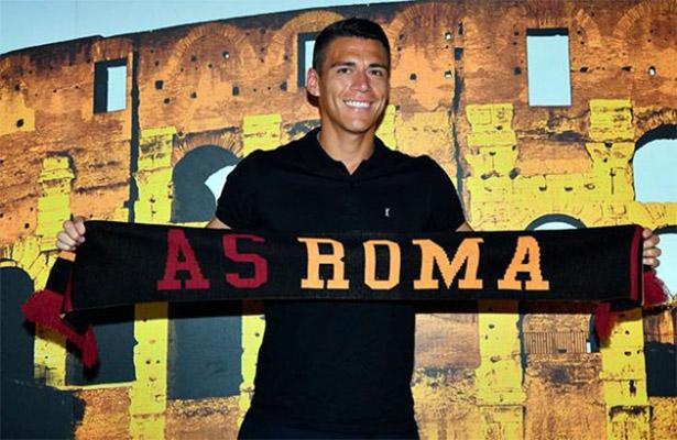 Héctor Moreno arriba a Italia y ya luce su nuevo número
