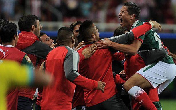 Vibrante empate entre Chivas y Pumas