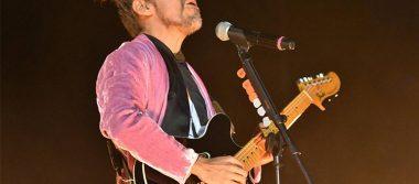 Café Tacvba canta y rememora a damnificados en su concierto