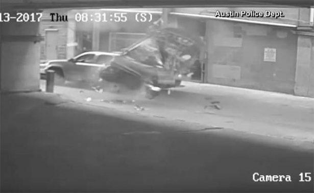 [Video] Mujer confunde freno con acelerador y cae desde séptimo piso