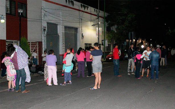 Fuerte sismo de 8 grados causa pánico en la CDMX; alerta de tsunami en costas mexicanas