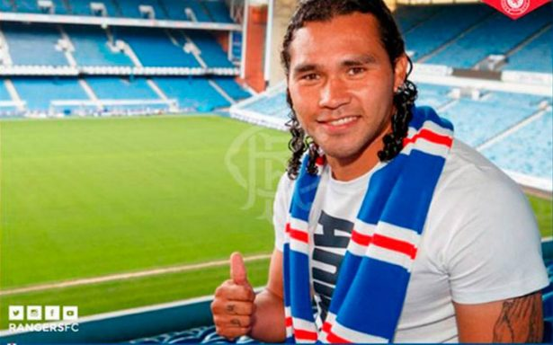 """Gullit"" anota su primer gol con los Rangers de Escocia"