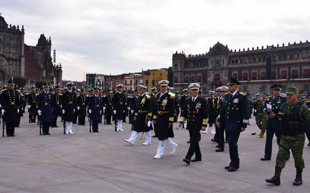 Desfile Militar del 207 aniversario de la Independencia de México