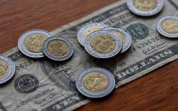 Dólar llega a 19.14 pesos en bancos de la Ciudad de México