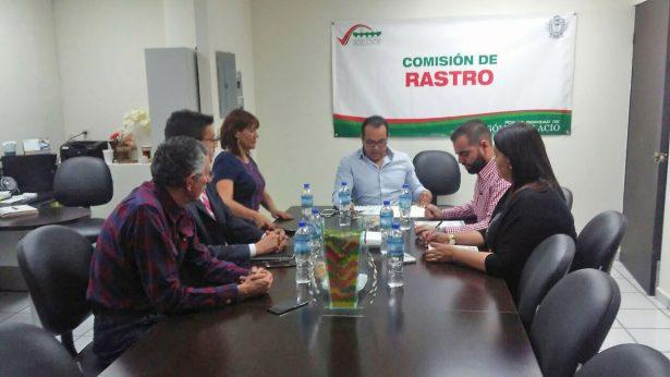 Trata Comisión del Rastro anteproyecto para nuevas instalaciones: Omar Castañeda