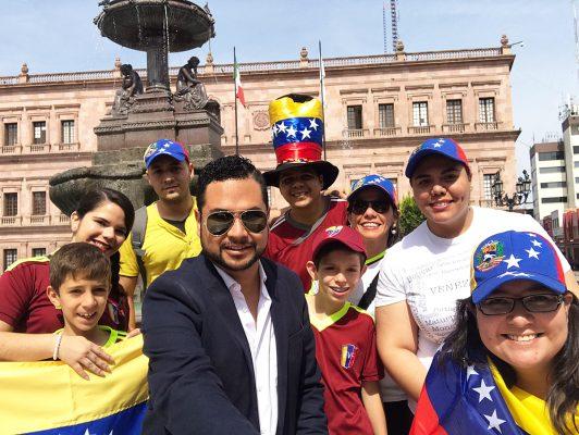 Venezolanos en Veracruz se manifiestan contra Maduro