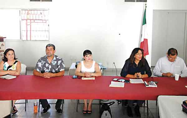 Invitan a candidatos a firma del Pacto por la Familia