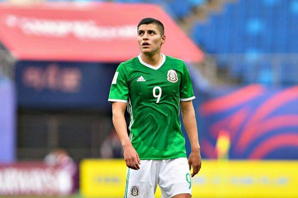 México pasa segunda del grupo B al caer con Venezuela