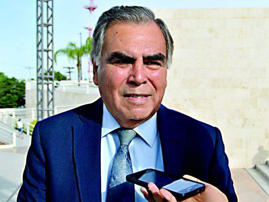 Antonio González, subsecretario de Educación en la región Laguna.
