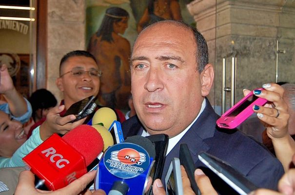 El gran perdedor, Ricardo Anaya, que se agarra del cadáver político de Memo para pasearlo por todos lados