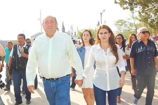 Gobernador de Coahuila Rubén Moreira vota en Saltillo