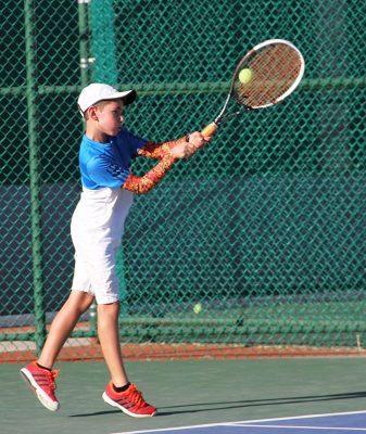 El deporte blanco también tendrá curso especializado, Tenis Camp del 3 al 28 de julio en Campestre Torreón.