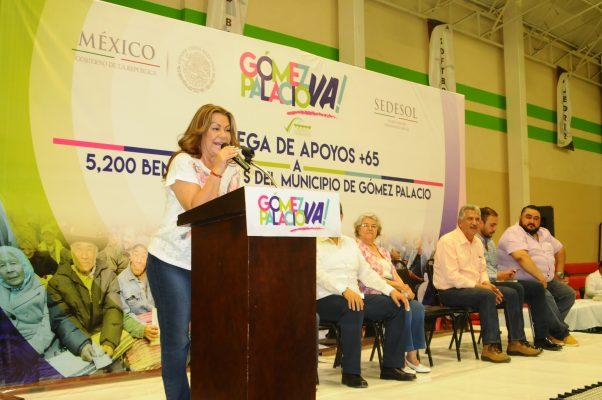 Reciben apoyo 9 mil adultos mayores