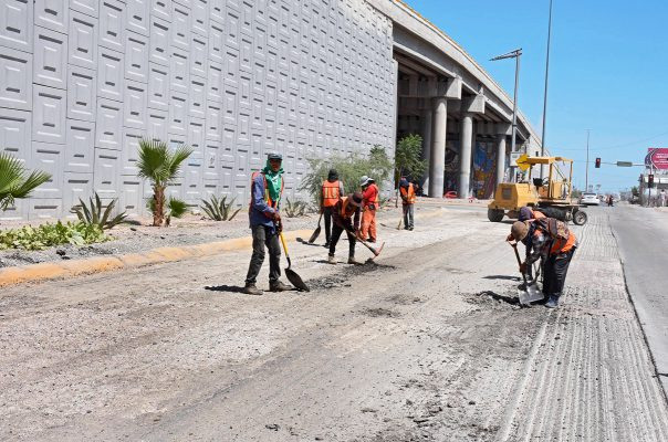 Avanza pavimentación en bulevar Ejército Mexicano