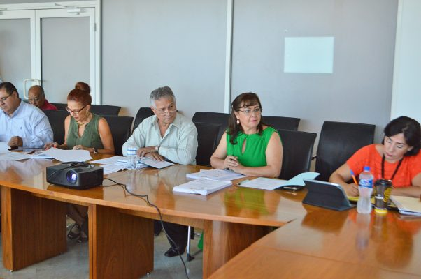 Comisión de Hacienda aprueba estado financiero de junio