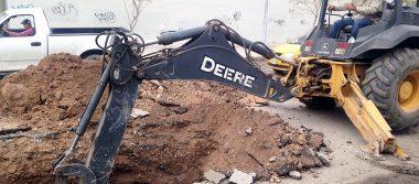Repara Simas tramo de colector colapsado en avenida Bravo