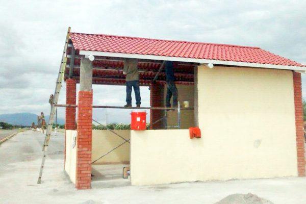 Construyen caseta para operativos en carreteras de Monclova