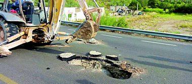 Hundimiento en carretera Lerdo-Durango