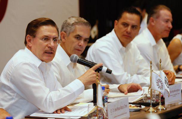 Pide Aispuro integrar gobernadores en comisión negociadora de TLC