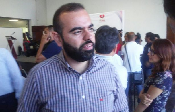 Hirám Brahir López Manzur, presidente de la Comisión de Salud.