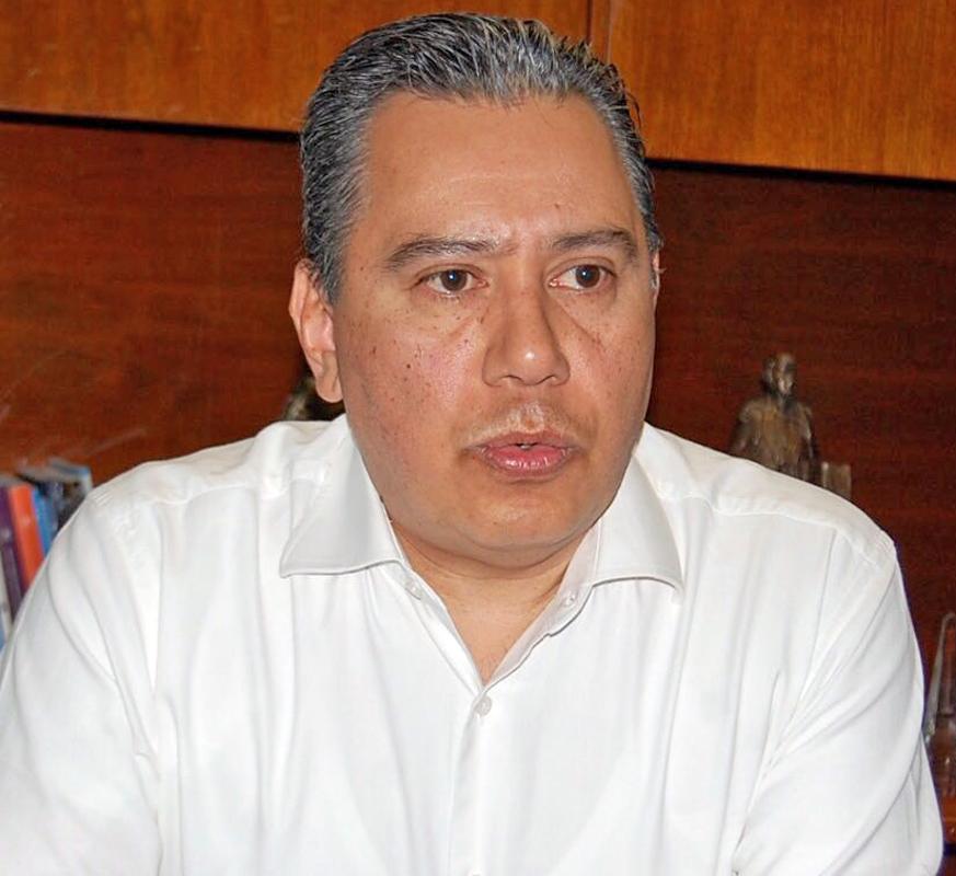 Profesor de Saltillo murió estrangulado: Rubén Moreira Valdez