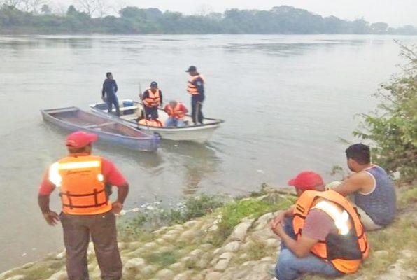 Rescatan del río Bravo a dos de San Luis Potosí
