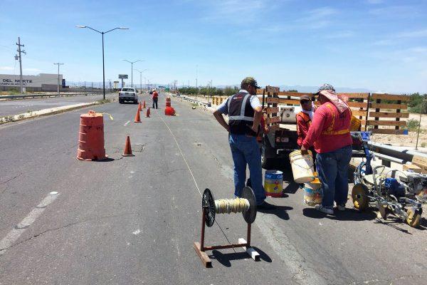 Se prepara la Dirección de Obras Públicas para iniciar próximamente la reparación del puente Villas del Renacimiento de la carretera Torreón-San Pedro.