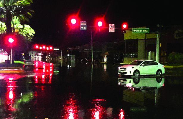 En sólo una hora resultaron inundados amplios sectores de la ciudad