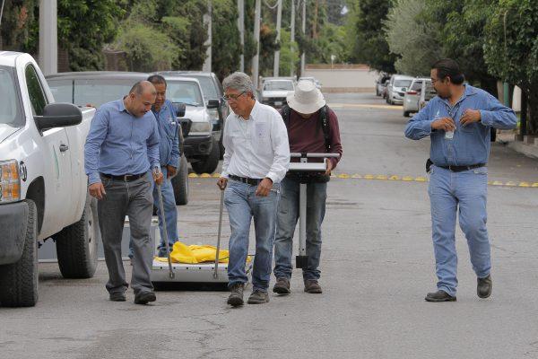 Geólogos de Cenapred realizan pruebas en El Campestre