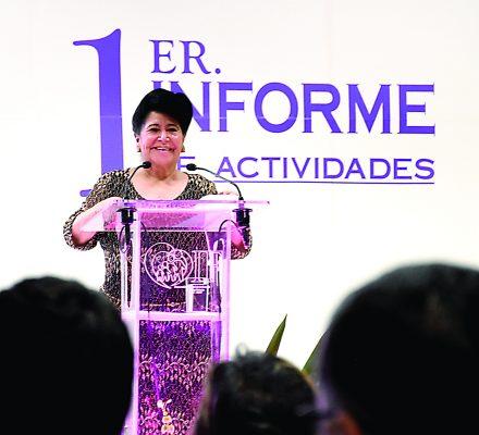 Doña Vilma entregó más de 143 mil apoyos en un año al frente del DIF