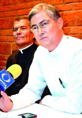 El Obispo electo de Torreón, Monseñor Luis Martín Barraza Beltrán, concedió una entrevista a Organización Editorial Mexicana.