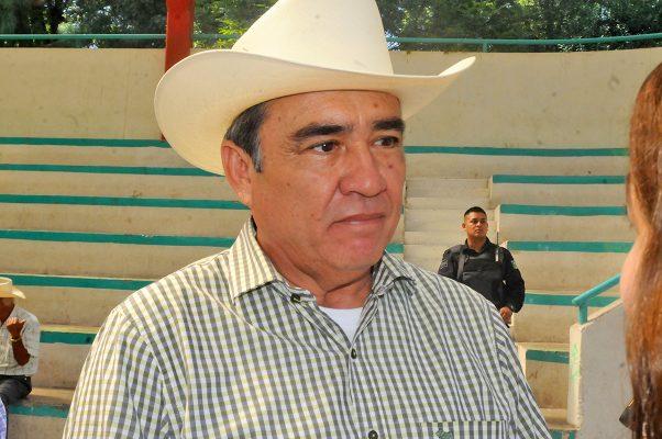 Carlos Aguilera no puede aspirar a ser dirigente estatal de la CNC: Lorenzo Ponce