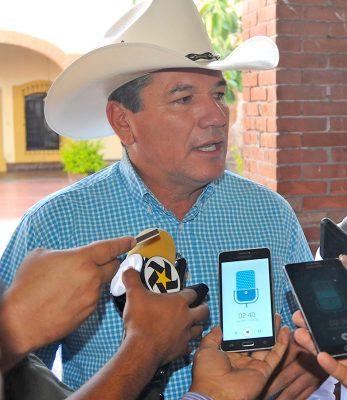 Confirman que Carlos Aguilera Andrade no está registrado en la CNC, por lo tanto no puede aspirar a ser dirigente estatal.