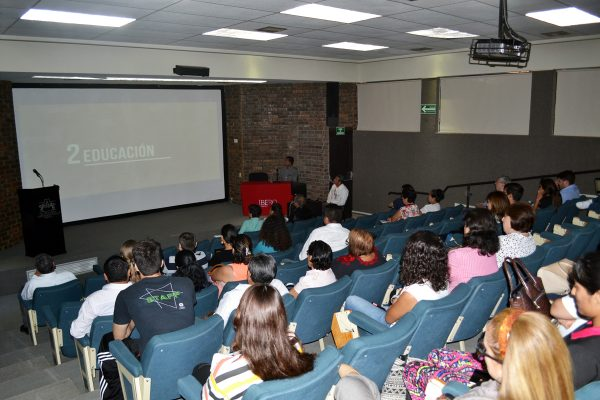 "La Universidad Iberoamericana, llevó a cabo el panel ""Diferentes enfoques de la migración""."