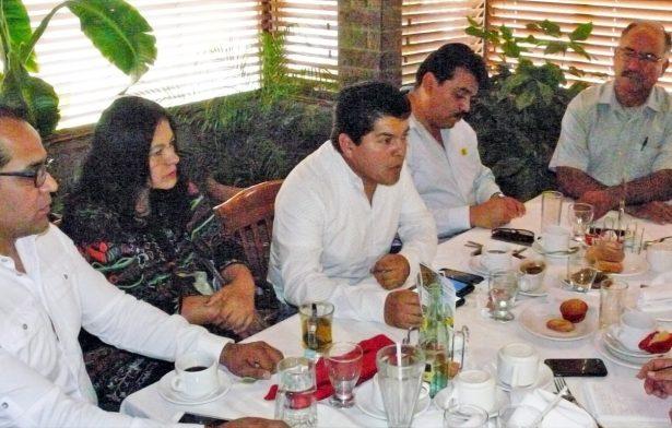 PRD va con el PAN en el Frente Nacional Ciudadano en el 2018