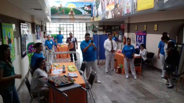 Clínica magisterial realiza Feria de la Salud