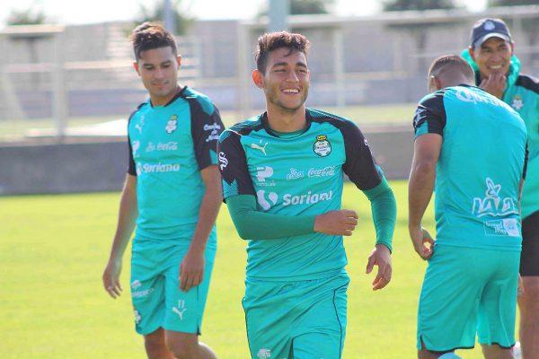 Santos se prepara para último partido de Copa